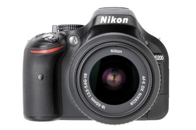 Nikon D5200 with 18-55mm VR Lens kit