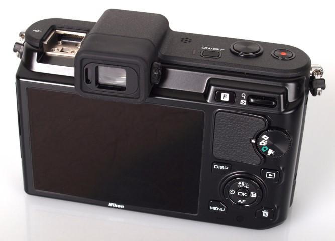 Nikon V1 with 10mm 2.8 lens
