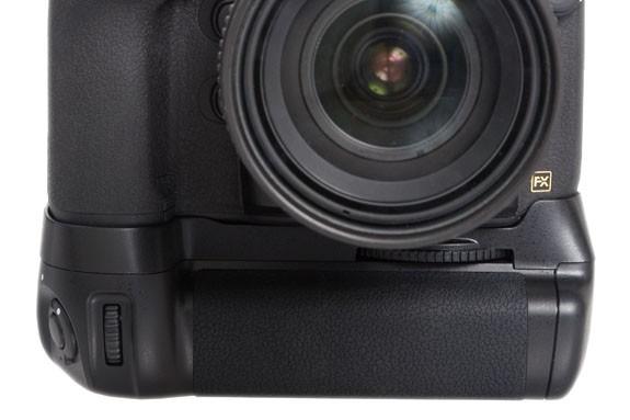 Phottix BG-D800 Battery Grip for Nikon D800