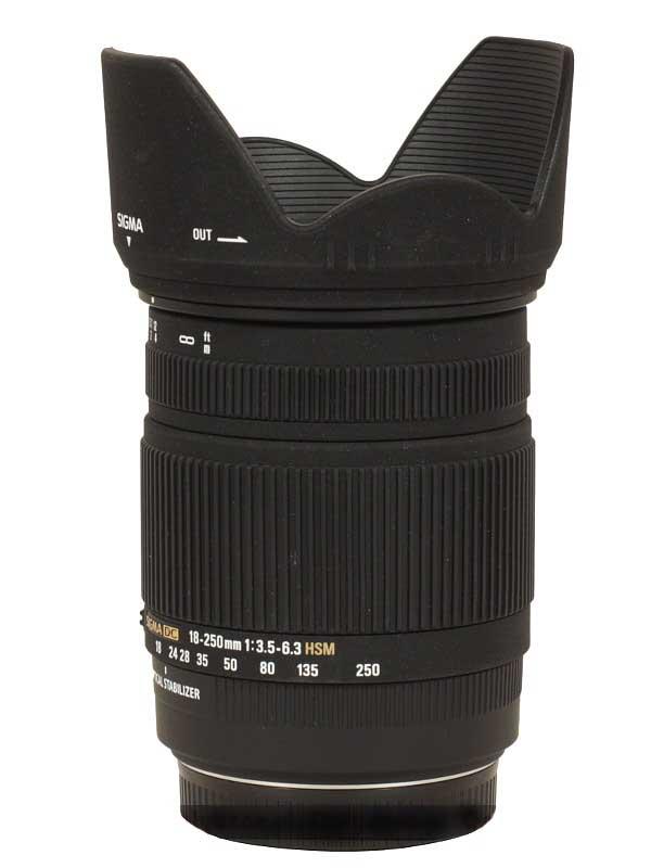 Sigma 18-250mm F3.5-6.3 DC (OS)* MACRO HSM